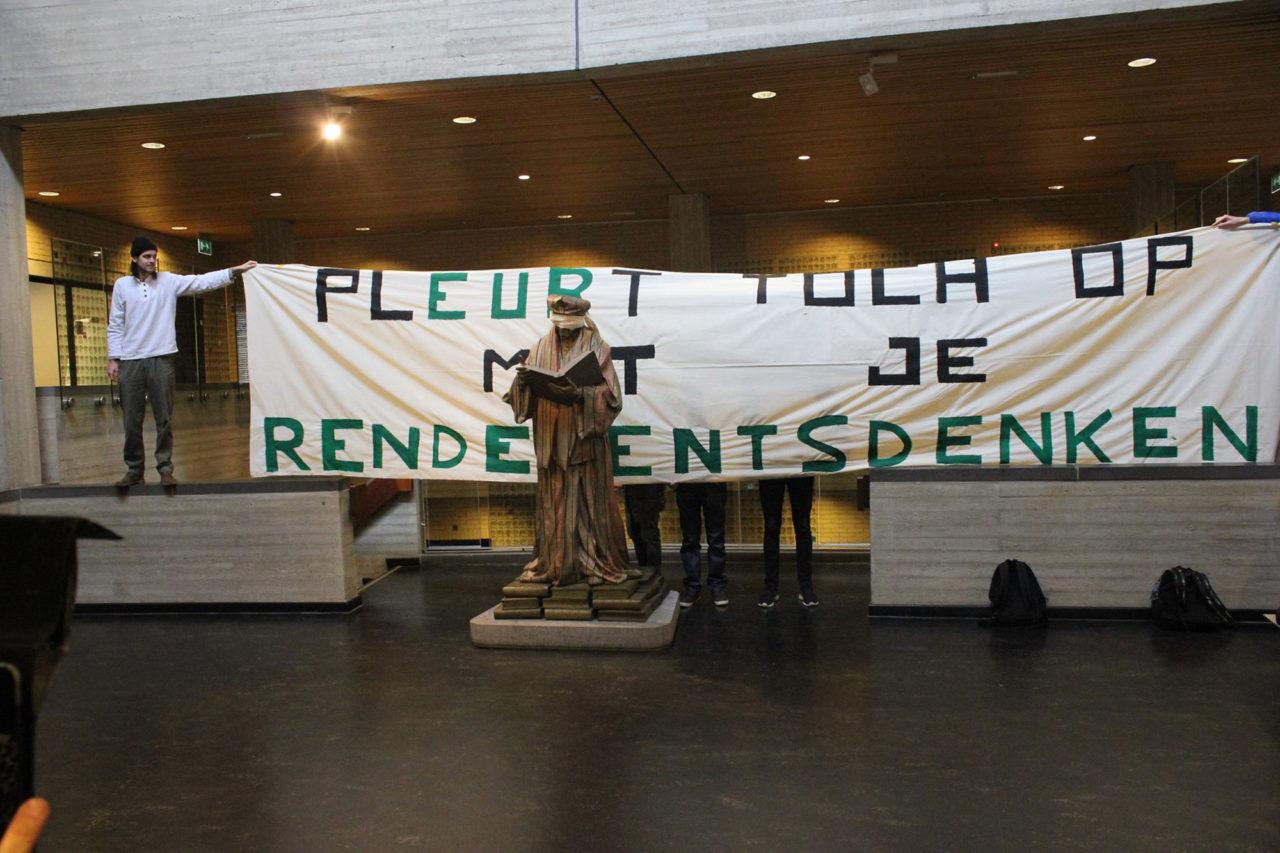 nieuwe-universiteit-rotterdam-actie-c-hal-rendementsdenken-maagdenhuis