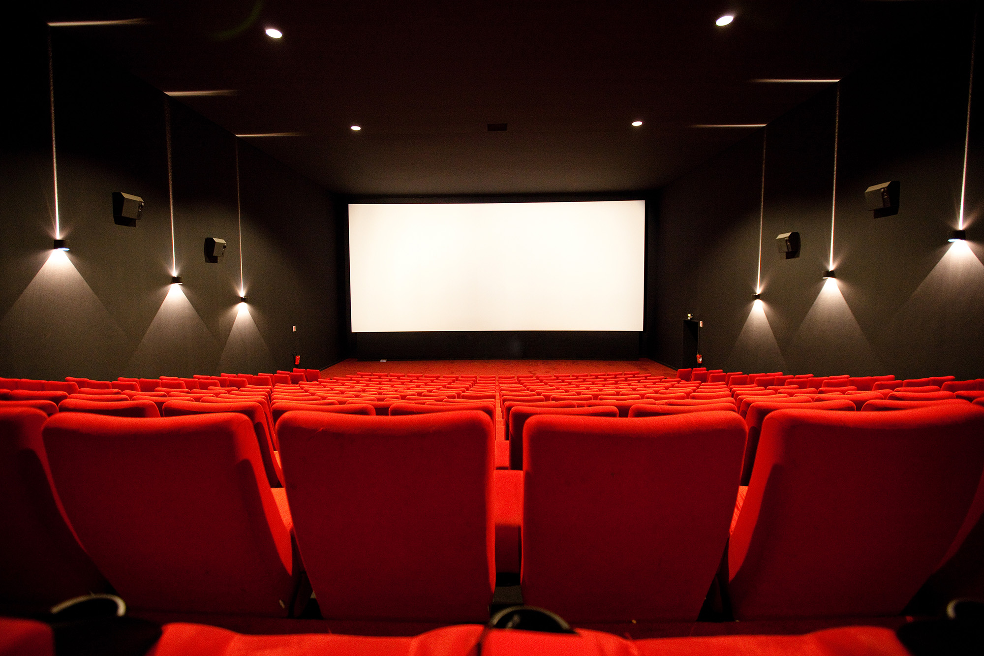 Right Movie Night