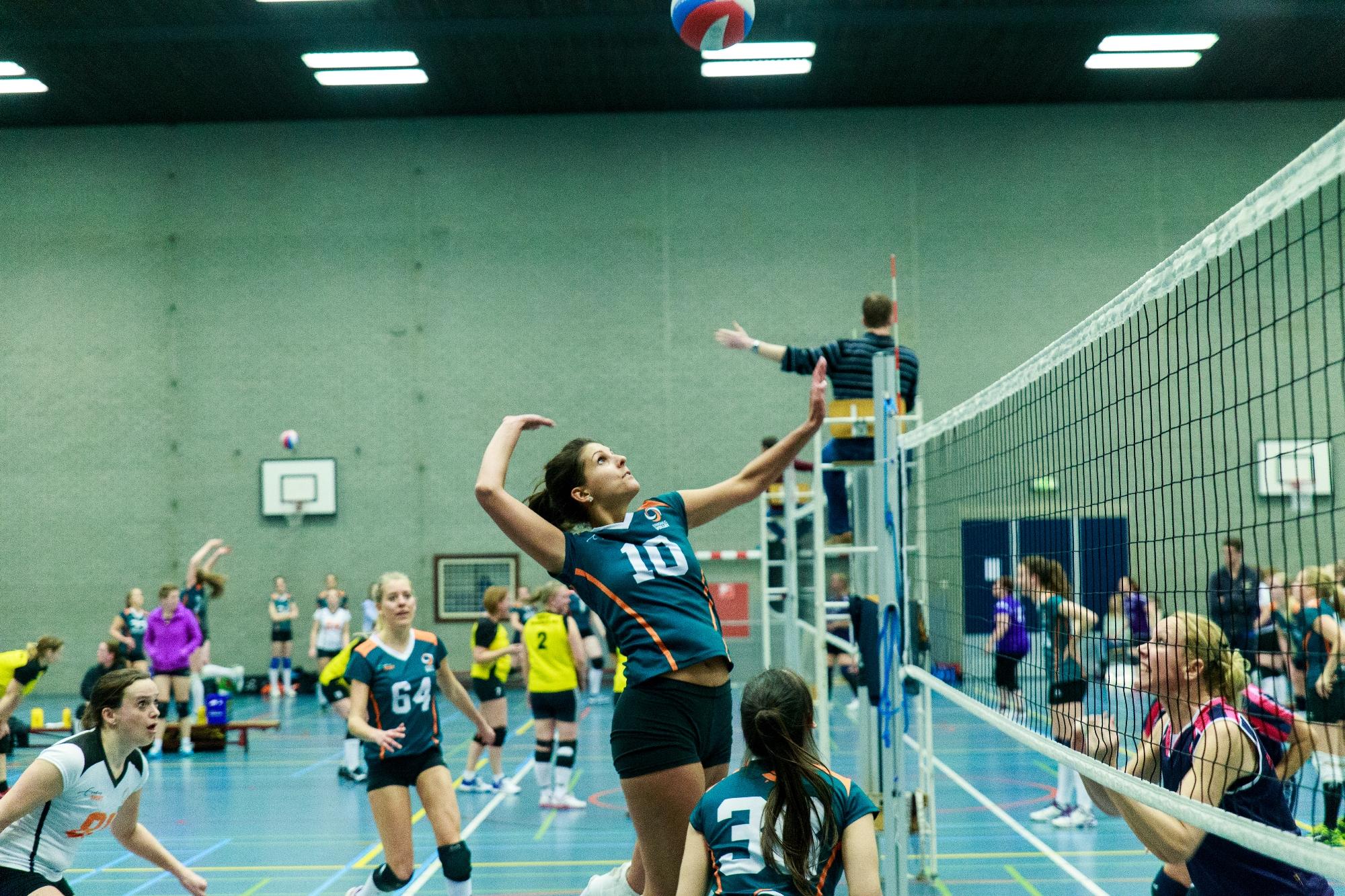 Erasmus Volley V=Volley maart 1