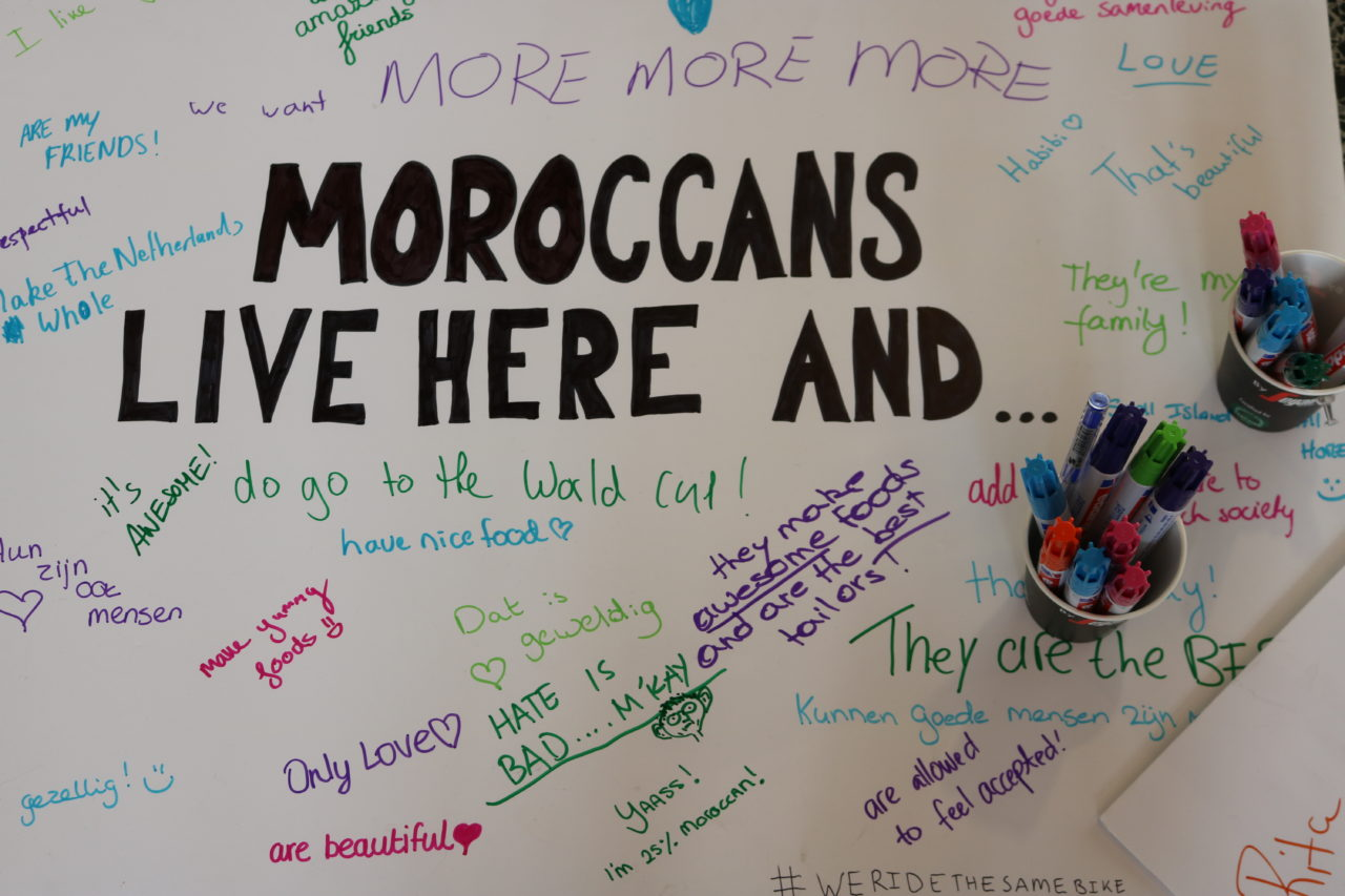 moroc-we-ride-the-same-bike-marrokanen-foto-ivar-laanen-11