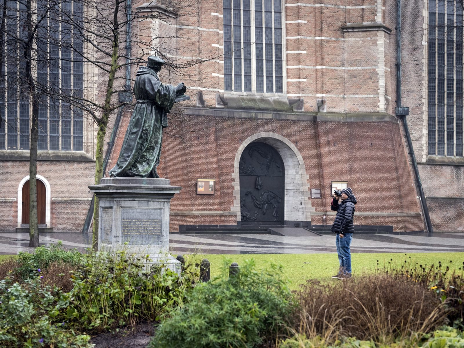 Erasmusbeeld-Rotterdam-1117-0092