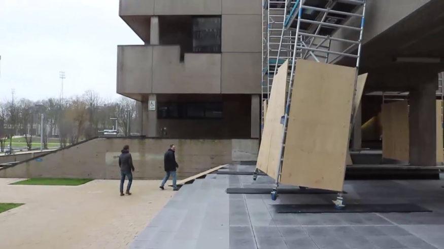 steiger-omgewaaid-bij-van-der-mandele-storm-schade