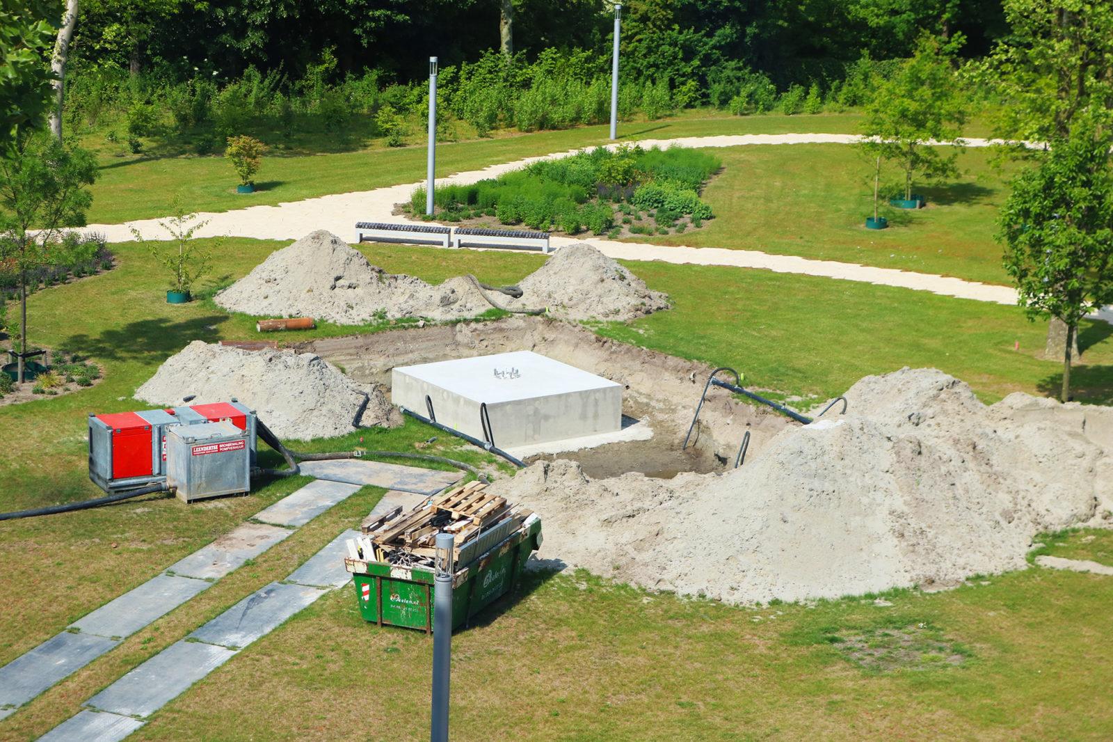 stein-der-weisen-fundament-kunstwerk-schlegel-park-noord