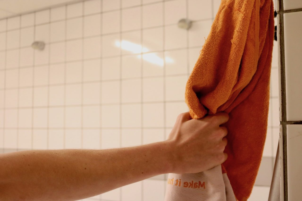 Douchen in een groepsdouche of in een hokje?