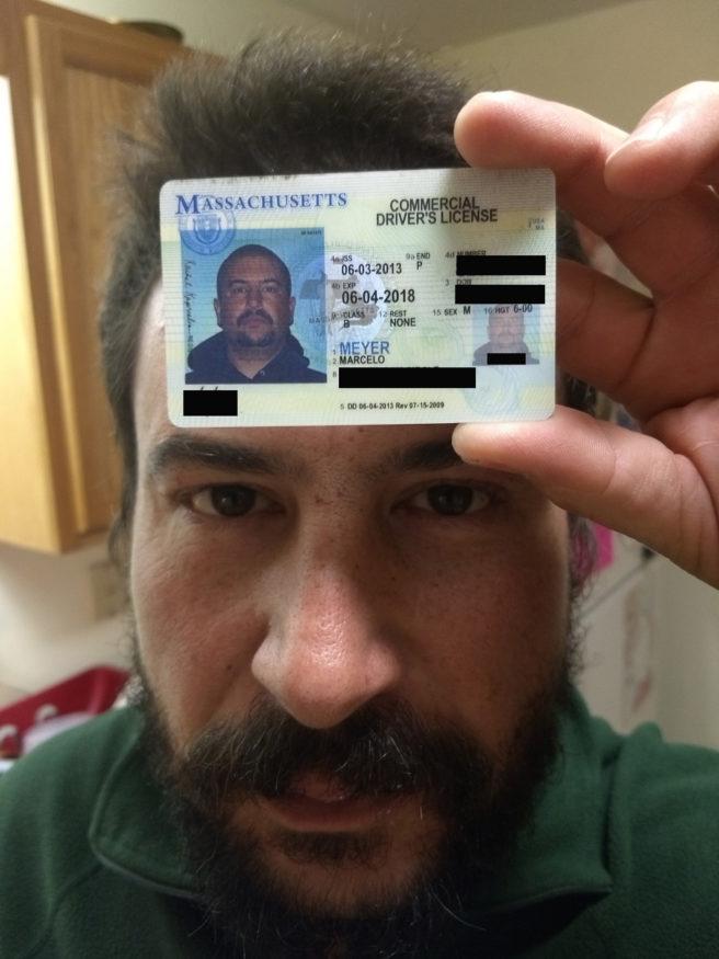 Meyer-Marcelo-met-zijn-rijbewijs-bewerking1