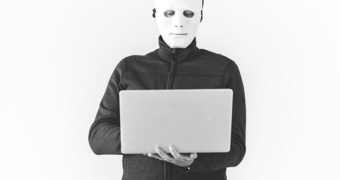 hacker-unsplash-rawpixel