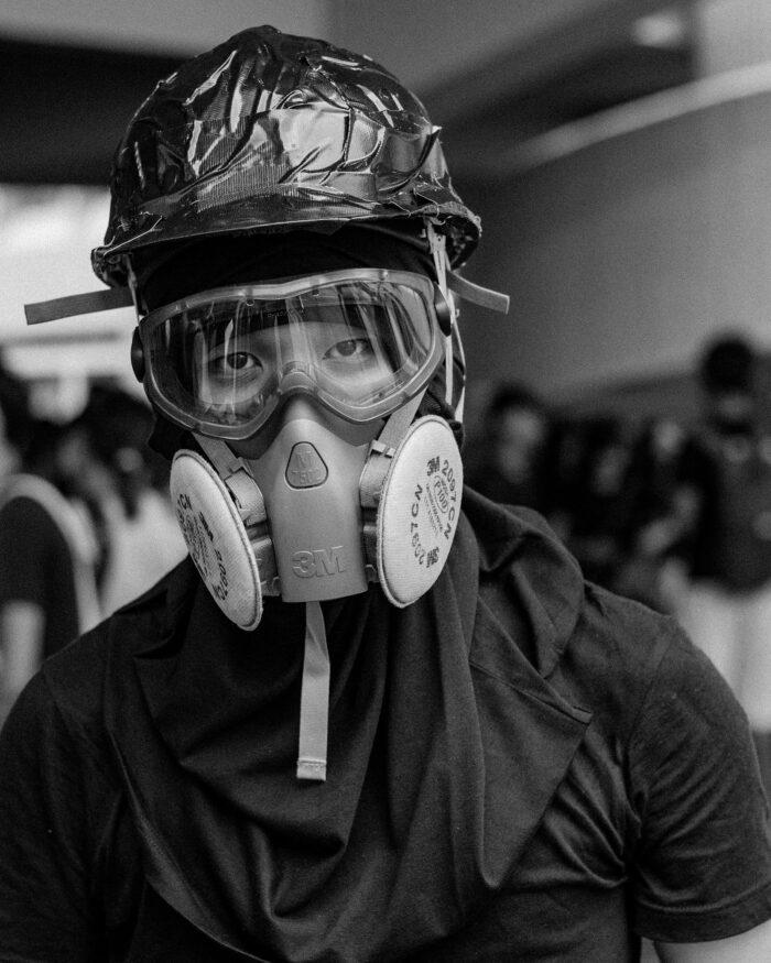 Gasmasker in Hongkong – Wouter