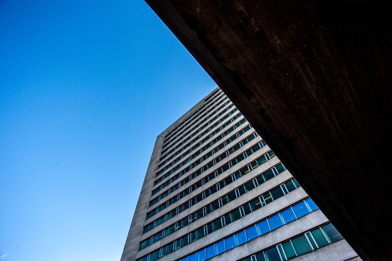 Tinbergengebouw door Chris-Gorzeman