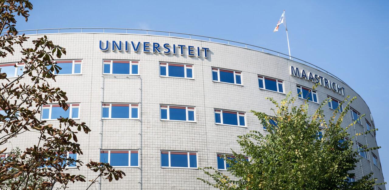 2020-02-06 Maastricht_University Universiteit Maastricht