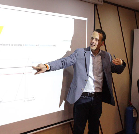 Julian-teaching-2-p