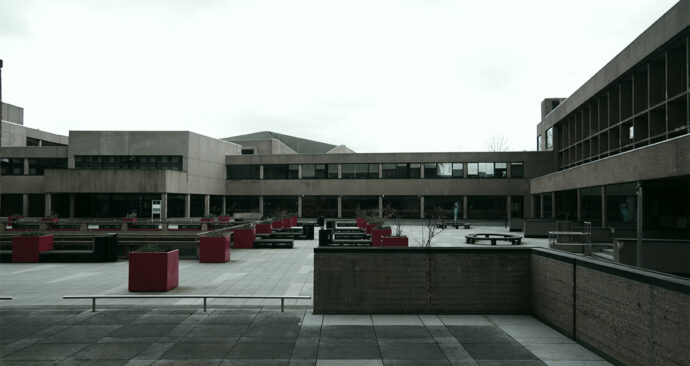 coronavirus verlaten campus mandeleplein