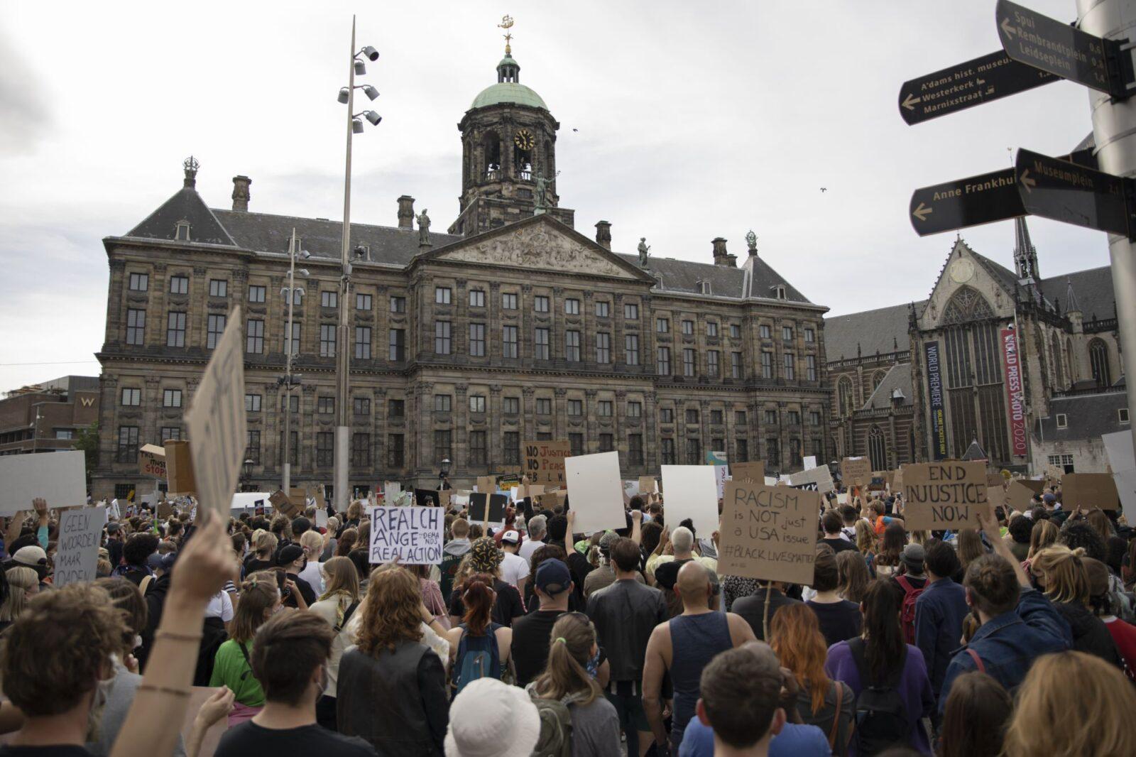 Black Lives Matter demonstratie Amsterdam foto Wouter Sterrenburg (3 of 10) (2000px)