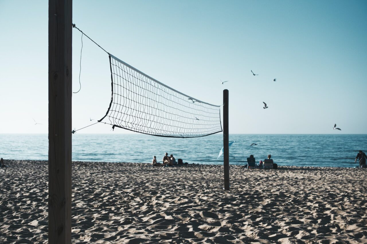 beachvolleyball robert-v-ruggiero-wn4ad4E5DV0-unsplash