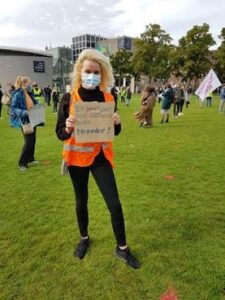 nora van de water studentenprotest Amsterdam HOP