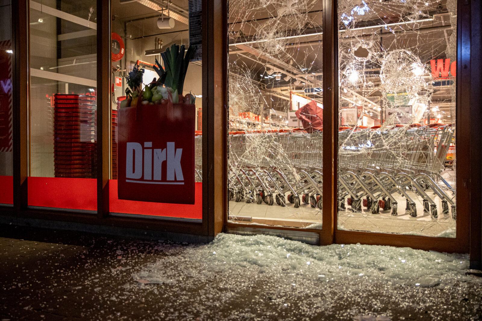 Schade aan de Dirk.