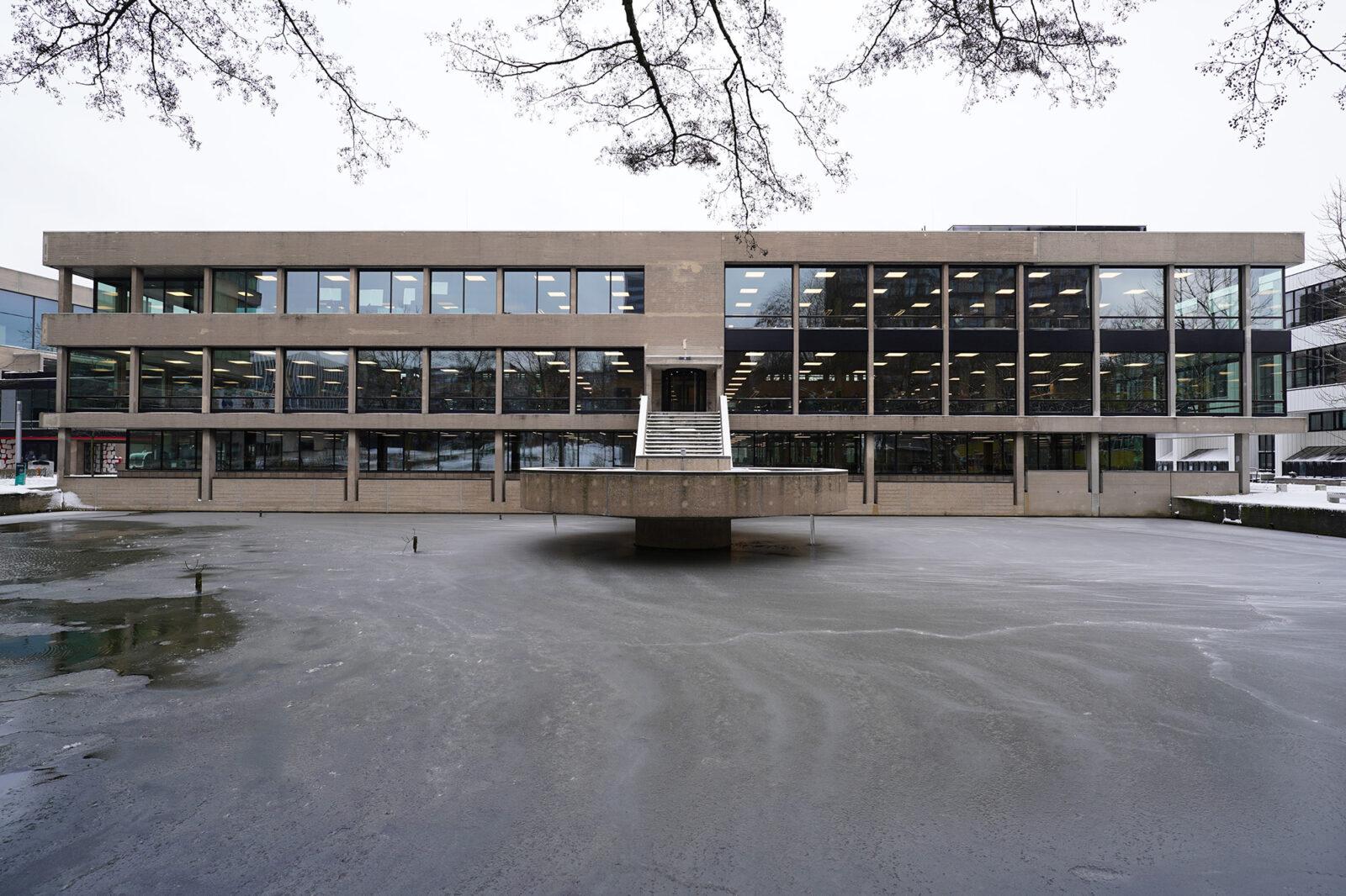 Campus in de sneeuw 08-02-2021 – UB – Arie Kers