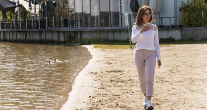 Alexandra_freshman_walk_03