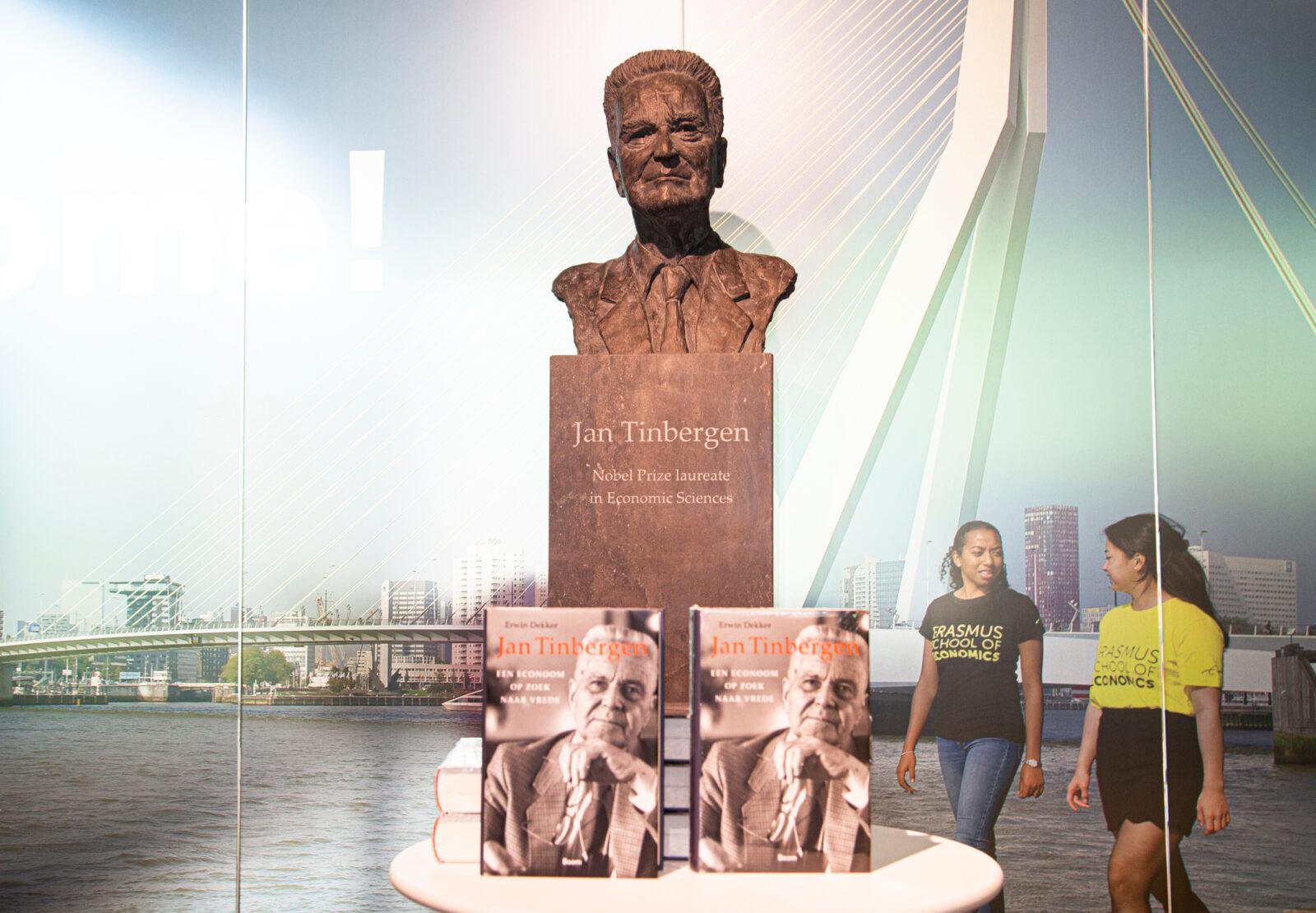 Tinbergen boek