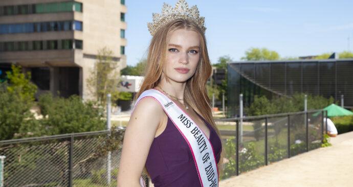 Saartje Langstraat miss beauty zuid-holland kroon – Amber Leijen