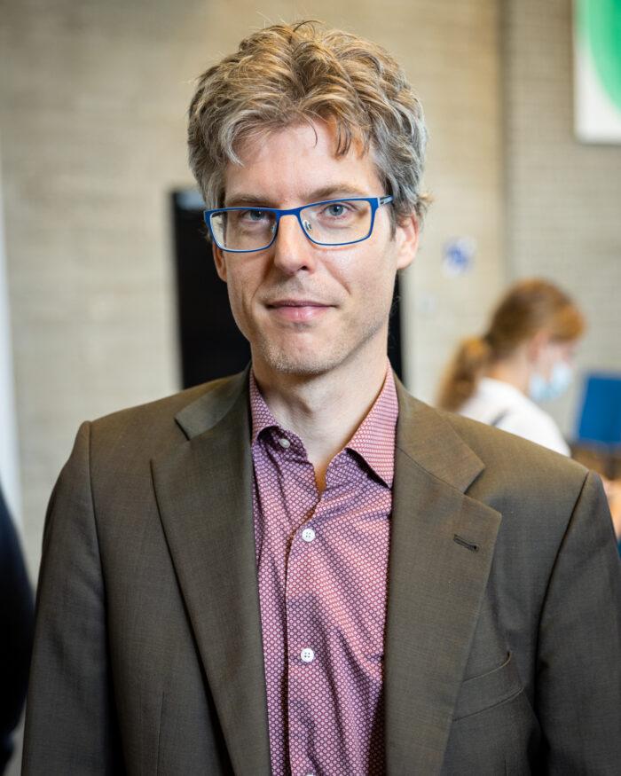 Universitair hoofddocent Economie Josse Delfgaauw.