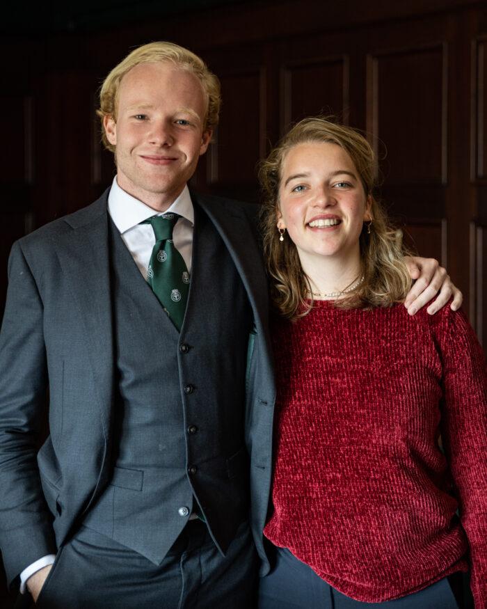 Voorzitter Friso van der Werf en Davine Perik.