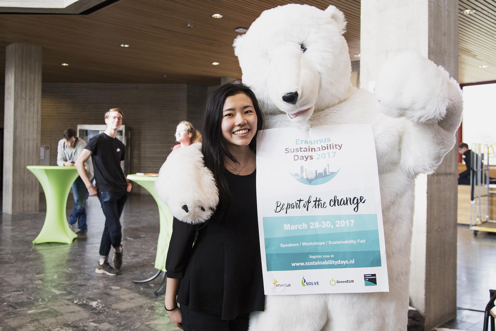 Voorzitter Jessie Yang Erasmus Sustainability Days foto Aysha Gasanova