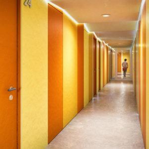 01-corridor-orange