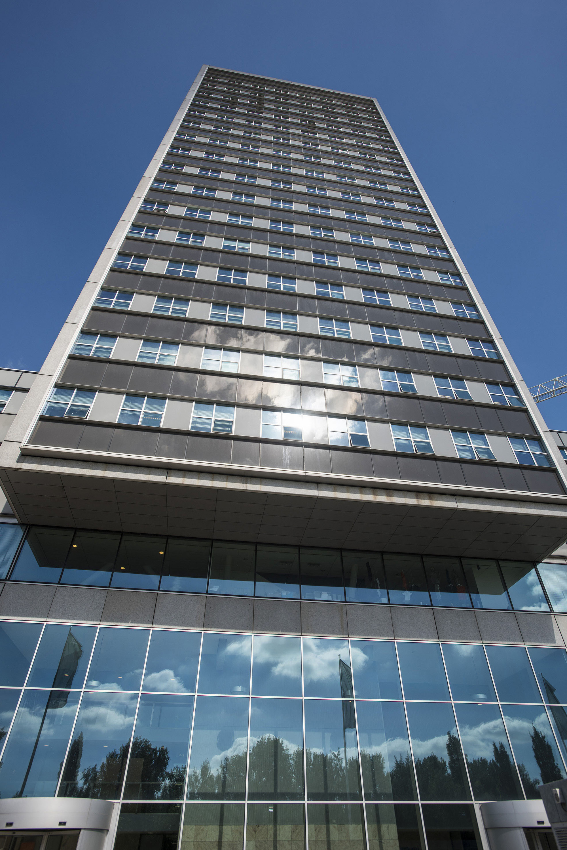 mandeville building; t gebouw