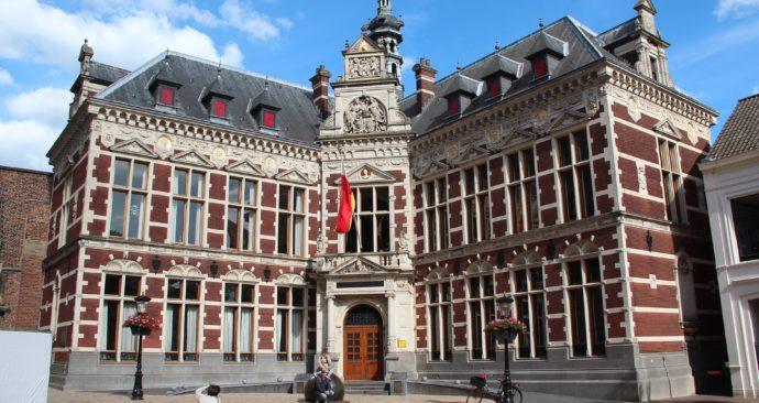 academiegebouw-Universiteit-Utrecht-foto-Niek-Verlaan