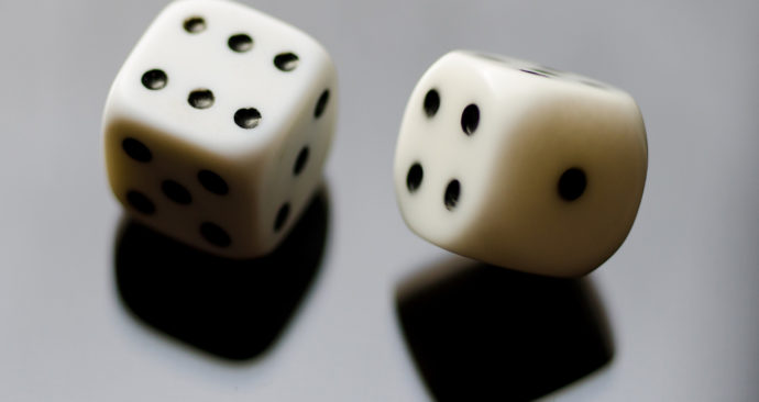 6-dices-luck-9358