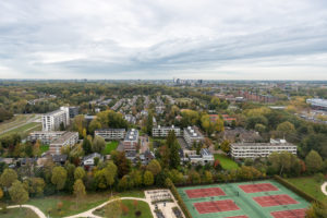 Looking at metro station Kralingse Zoomfrom the Tinbergen Building (2018)