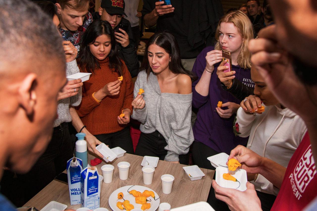 hot-pepper-challenge-international-food-fair-erasmus-multicultural-associations-ema-2