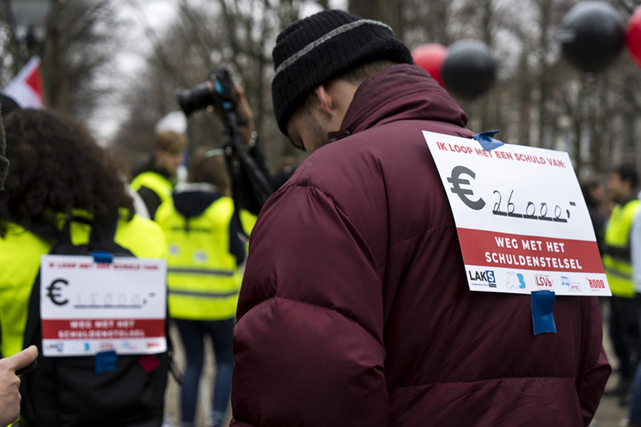 Protestmars-studenten-malieveld-leenstelsel-studieschuld-Sabina-van-Gils