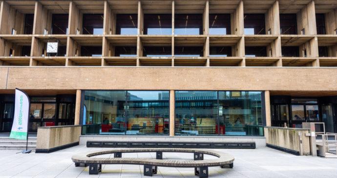 campus-woudestein_tour-langs-Erasmus-Theil-en-Tinbergen_fotos-door-Ronald-6-1280×839