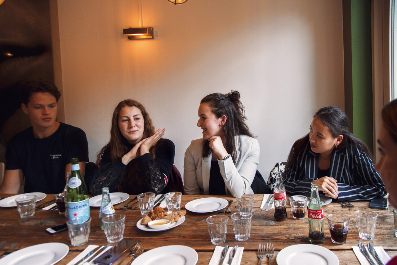 First years Tristan (Left), Tirza, Hannah, Ruaira en Julia