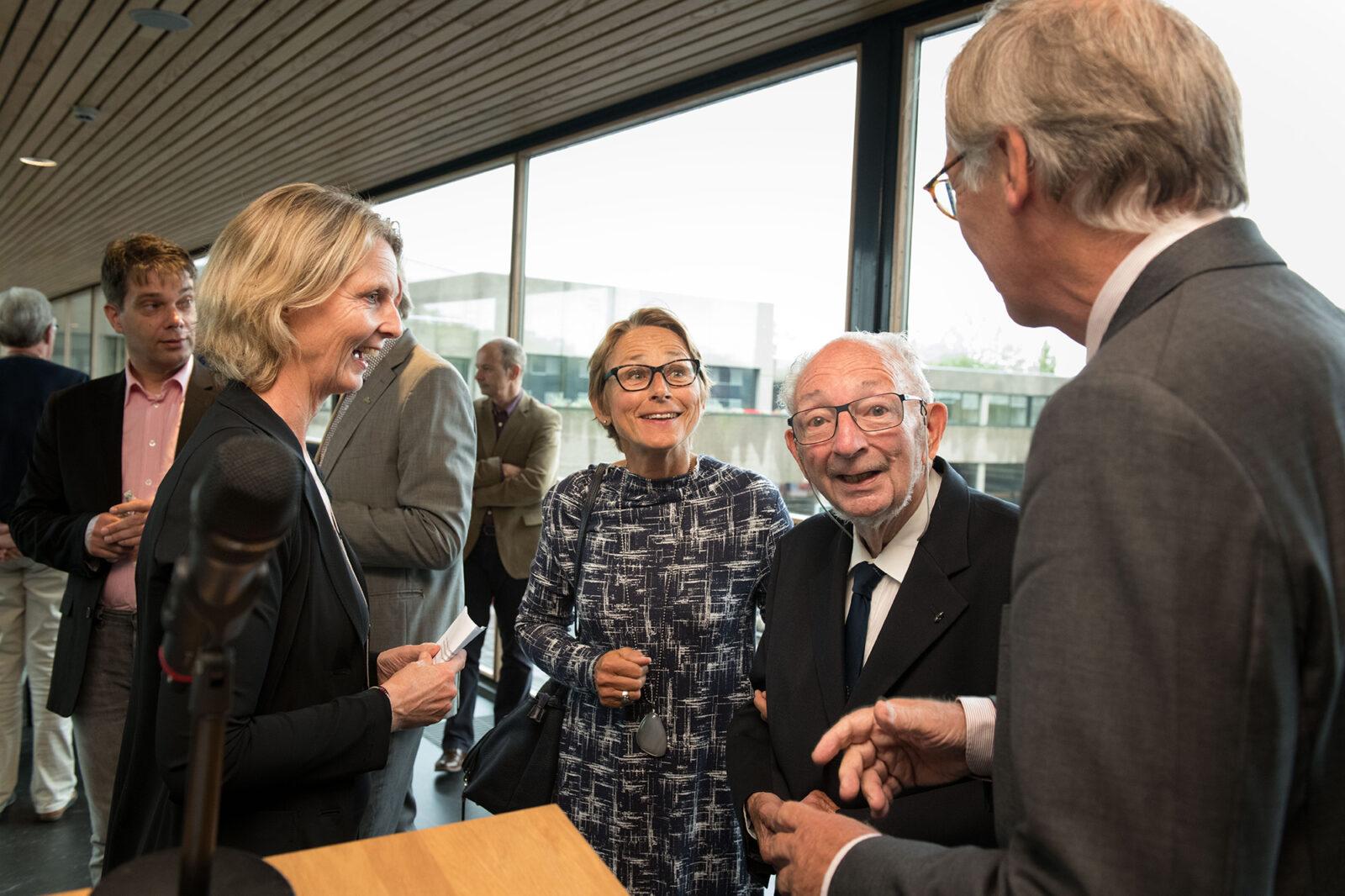 Jean Paelinck met Ton van der Pijl en Frederieke Hoitink in gesprek 20190904_004M.Muus