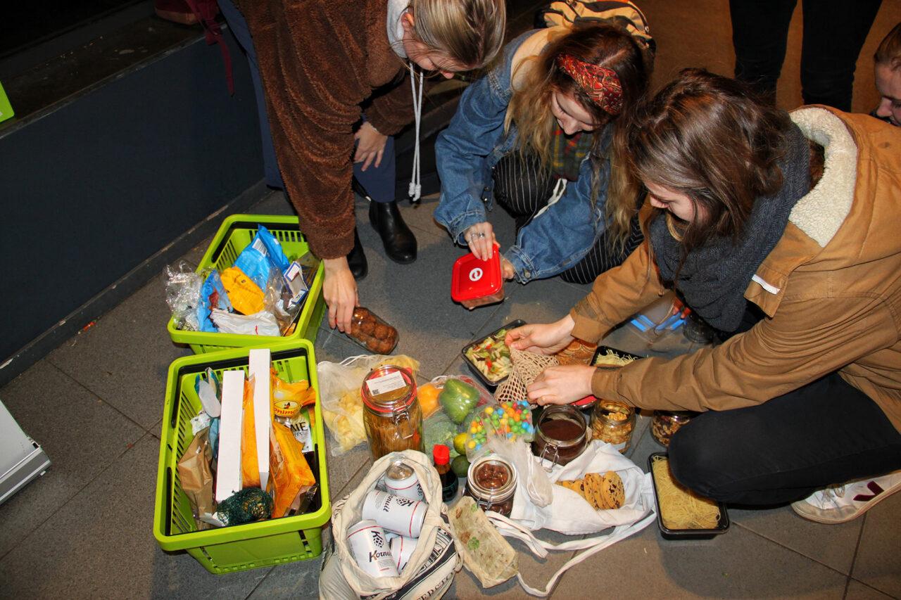 plastic-attack-campus-supermarkt-spar-foto-Milena-8