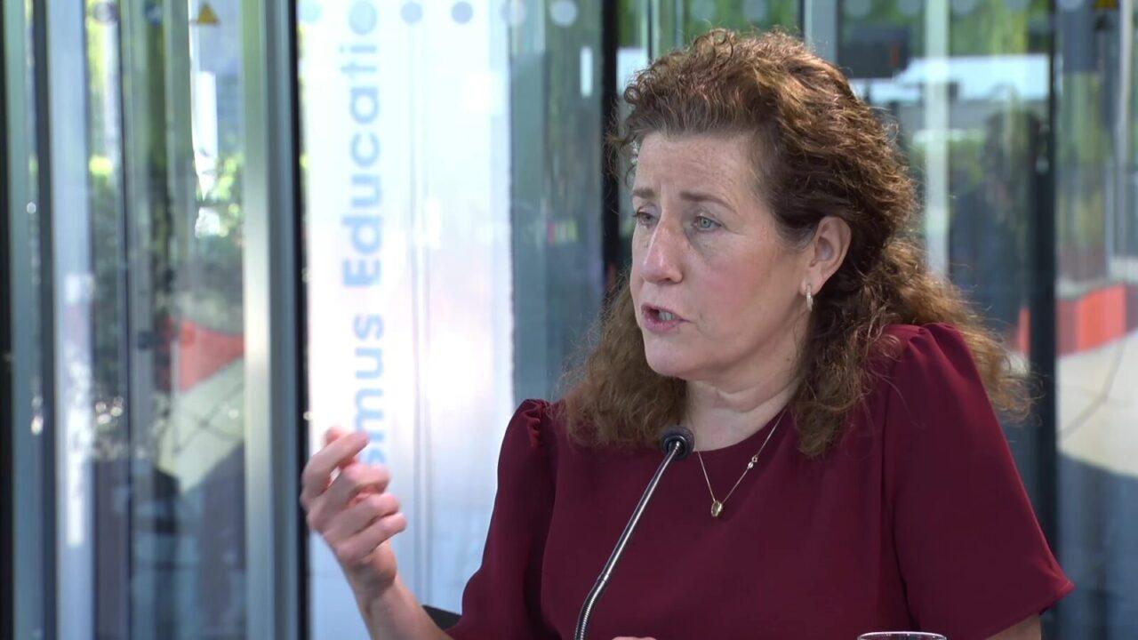 minister van engelshoven in erasmus tv 7 mei
