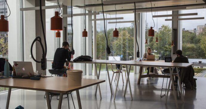EUR-Corona_10 Polak Building study spots studieplekken