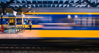 Unsplash_Point Blanq_trein