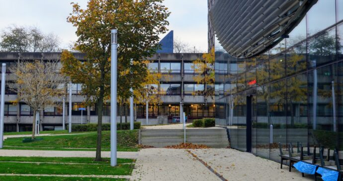 autumn on campus / Erasmus University / E building
