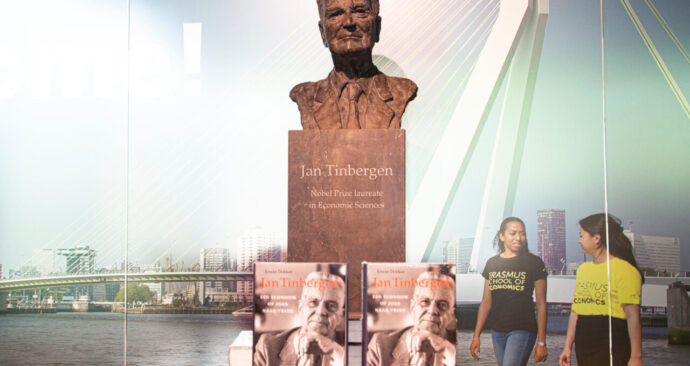 Tinbergen-boek-1280×888