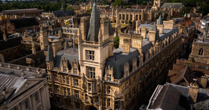 cambridge university – marian okal pixabay